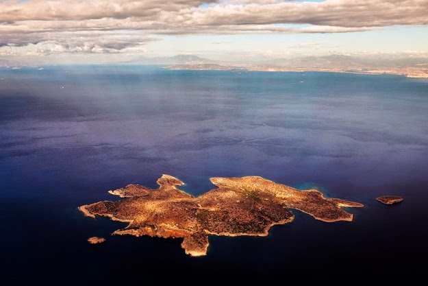 27. Over 1,200 stunning islands to choose from. - 49 Reasons To Love Hellas (Greece)