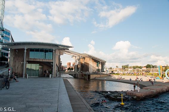 Museo de arte moderno en Oslo. Noruega