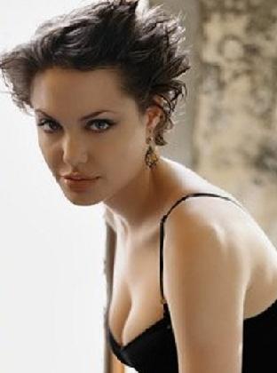 Amazing Angelina Jolie Short Hairstyle Pictures Global Hairstyles Short Hairstyles For Black Women Fulllsitofus