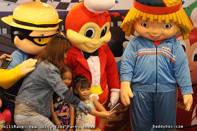 Aci Girl with Yum, Popo, and bestfriend Jollibee during the launch of JoliiRace.
