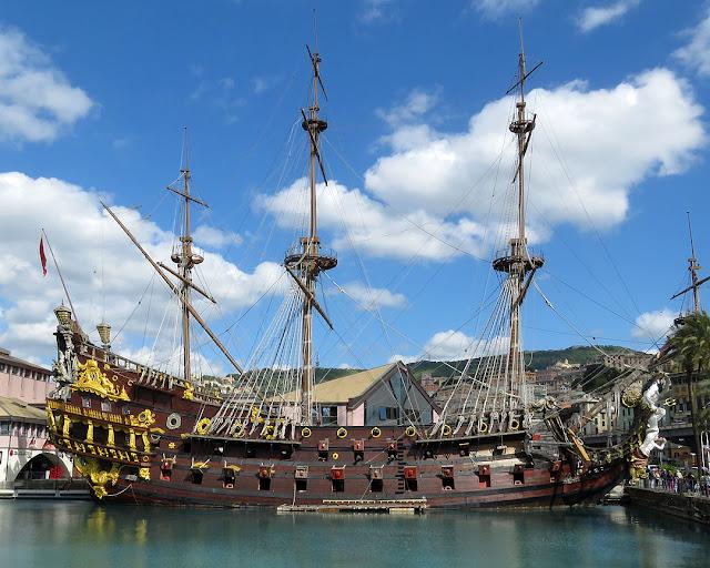 Neptune galleon, Ponte Calvi, Porto Antico (Old Port) Genoa,