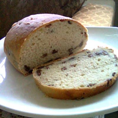 Raisin Bread Recipe @ treatntrick.blogspot.com