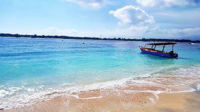 foto pantai indah indonesia gili trawangan