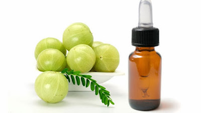 Apply Amla Water To Reduce Hair Fall
