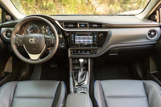 Interior view of 2017 Toyota Corolla XSE