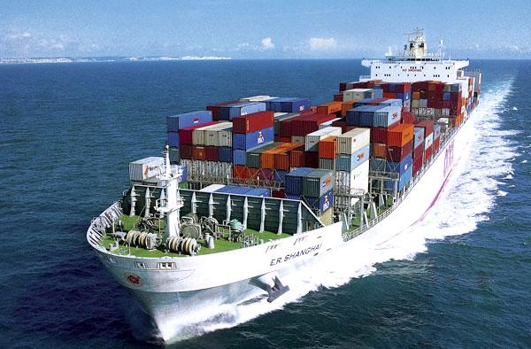 Phân tích và dự đoán lưu lượng vận tải hàng hóa bằng đường biển
