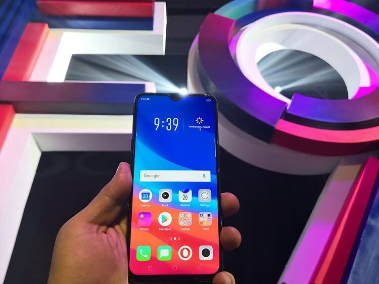 OPPO F9 Lands in the Philippines for Php17,990; 6.3-inch Waterdrop Screen, 6GB RAM, VOOC Fast Charging