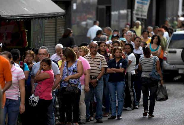 Hercon: 82,4 % no cree que la situación pueda mejorar con Maduro