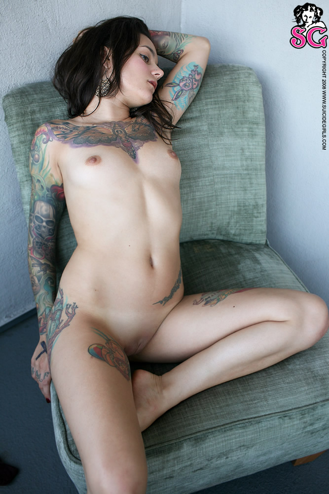 perry-suicide-naked-girls-sucking-and-skiing