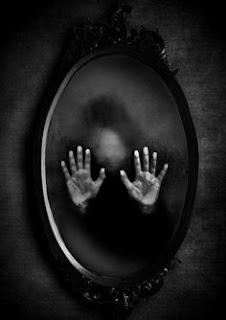 جن,قرين,مرآة,عالم,اخضر,خوف