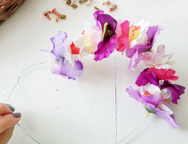thread flowers onto wire