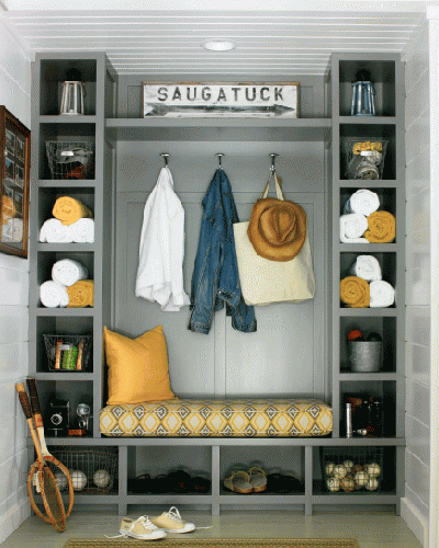DIY Mudroom using lockers for the entry way using built ins.