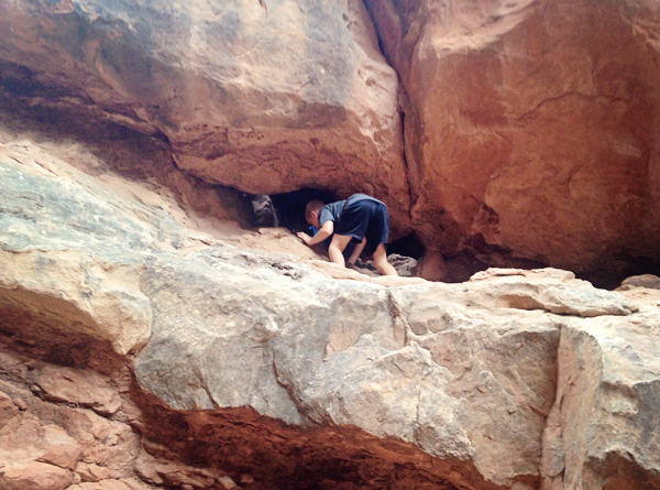 TPcraft.com: Hiking Arches Fiery Furnace {with kids}
