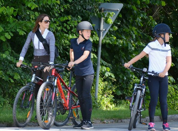 Crown Princess Mary and Prince Frederik with their children Prince Christian, Princess Isabella and Prince Vincent at Gråsten Palace