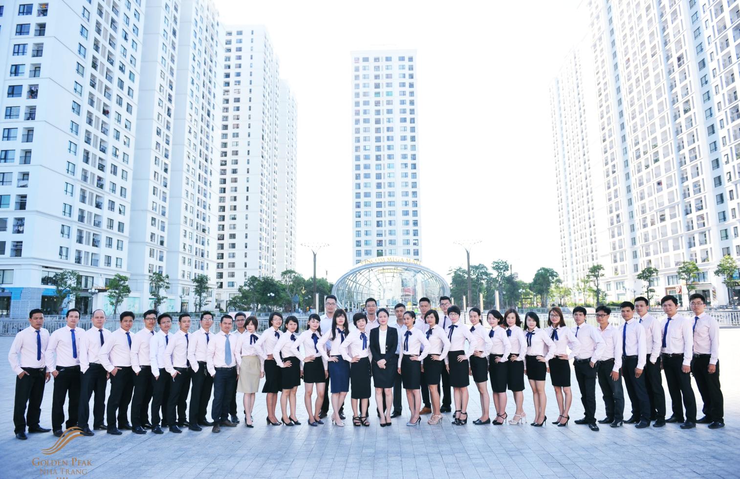 Đội ngũ nhân viên giàu kinh nghiệm của Golden Peak Nha Trang