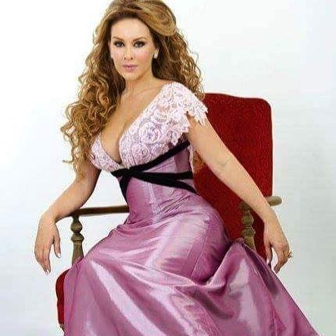 Lina Santos 5