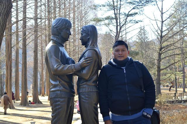 salmanbiroe - Indonesian Lifestyle Blogger - Jangan Traveling Saat Musim Liburan, Tips Jalan-Jalan Murah Hemat