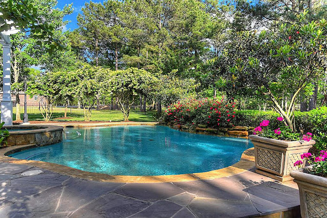 Backyard Oasis-Swimming Pool-House Hunting- From My Front Porch To Yours