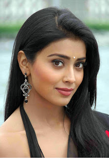 Shriya Saran Wiki Profile Biography Age Weight Height Body Measurements Biodata Affairs Family Photos Whatsapp and Mobile Numbers More...