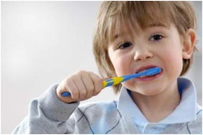 Ini 4 Penyebab Karang Gigi Dan Cara Membersihkannya dengan Mudah