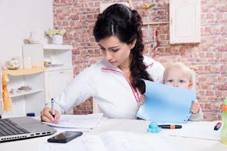 Buscar empleo luego de descanso de maternidad