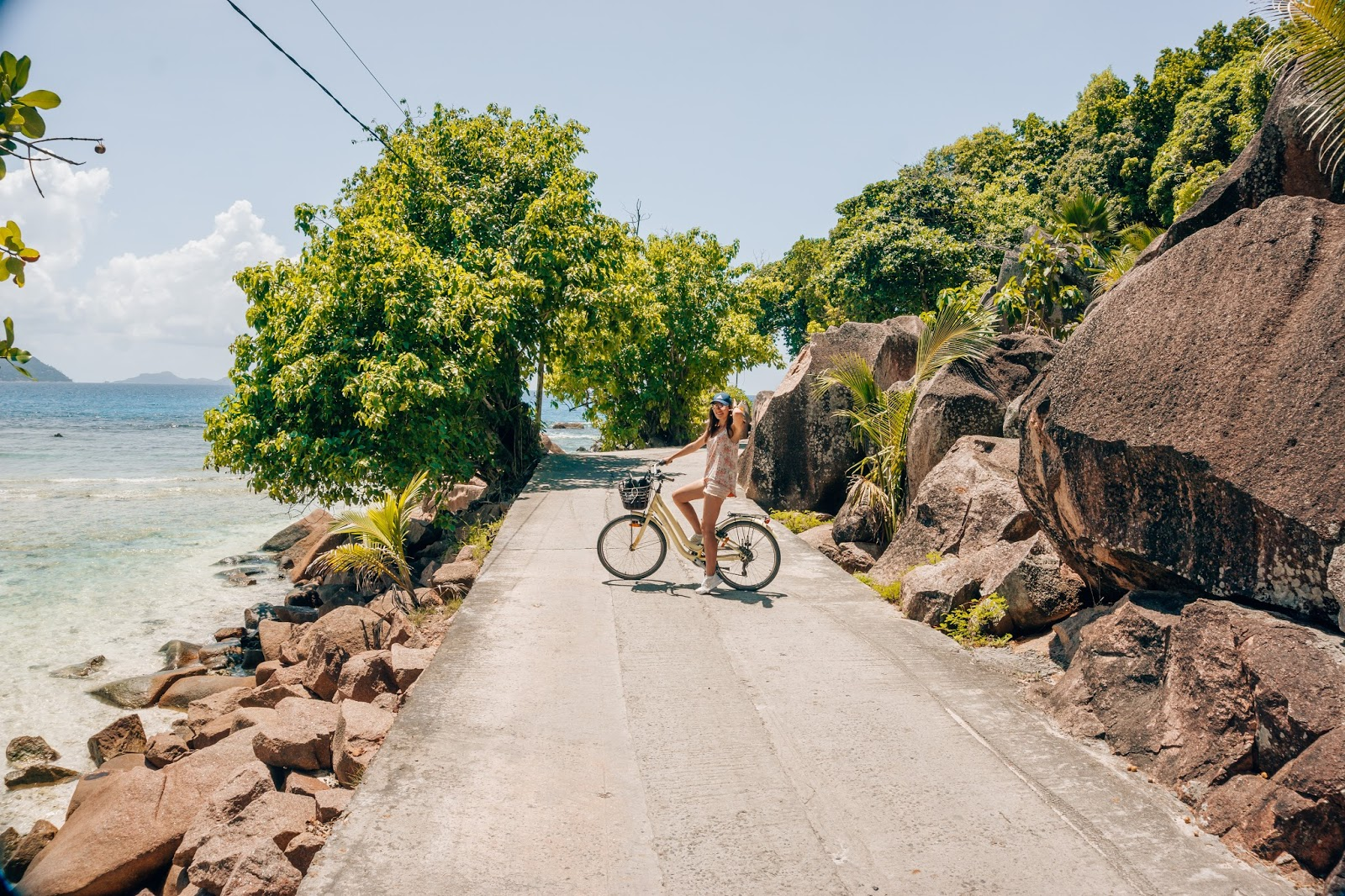 Seychelles beach, paradise beach, empty beach Seychelles, no filter Seychelles, travel blog, lifestyle blog, best travel blog
