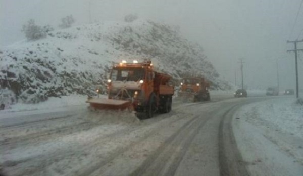 Αντιμετωπίστηκαν τα προβλήματα από τη χιονόπτωση στα ορεινά Ιωαννίνων και Άρτας