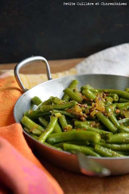 Haricots verts à l'indienne {Curry et Graines de Moutarde}