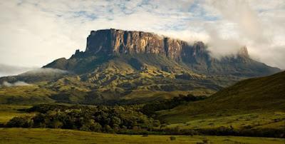 Mount Roraima Gunung Datar dengan permukaan terluas di dunia