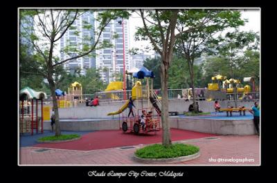 KLCC park, twin tower petronas, kuala lumpur city center park, waterpark KLCC, playground KLCC, free KL, SURIA twin tower, menara kembar petronas