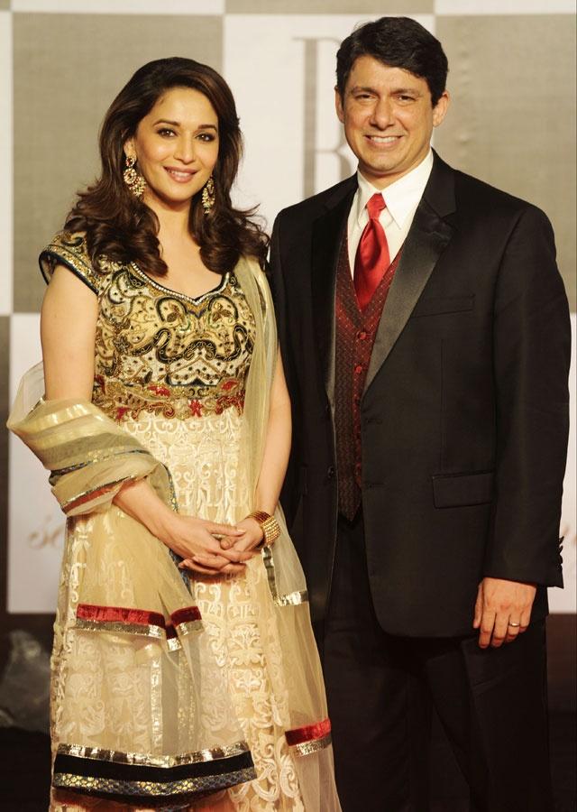 долгожданному празднику мадхури дикшит и ее муж фото этой