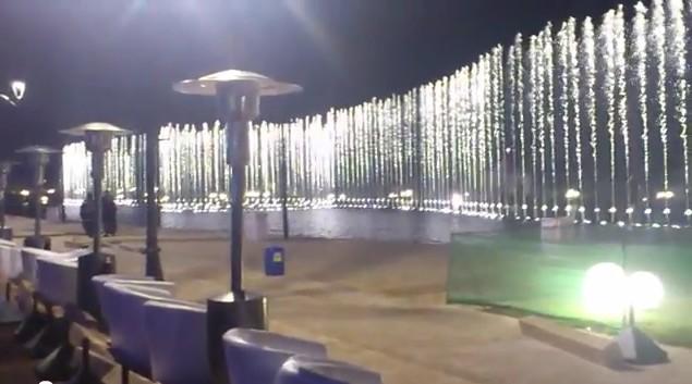 diaspora saharaui la fontaine de morocco mall prend la 3 me place au rang mondial des fontaines. Black Bedroom Furniture Sets. Home Design Ideas
