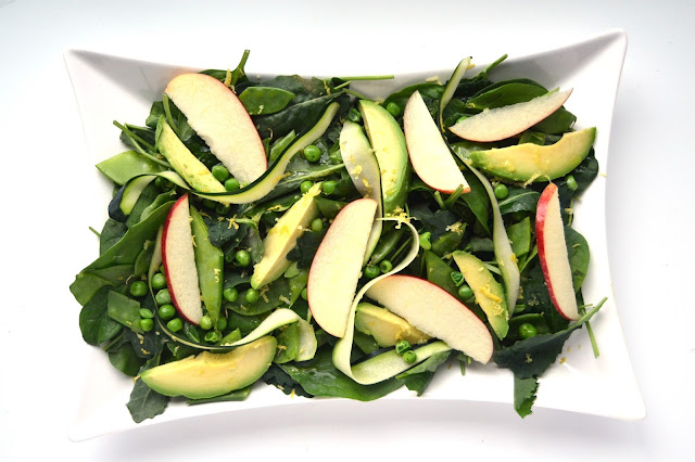 This Spring Green Salad is light and fresh for spring with a tangy Lemon Vinaigrette making an awesome side dish! www.nutritionistreviews.com