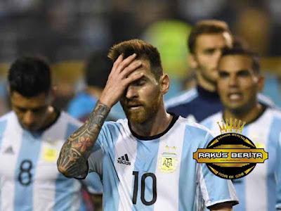 Messi Frustasi Argetina Lagi-Lagi Bermain Imbang