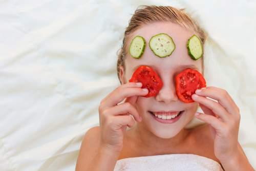 Masker Tomat dan Mentimun
