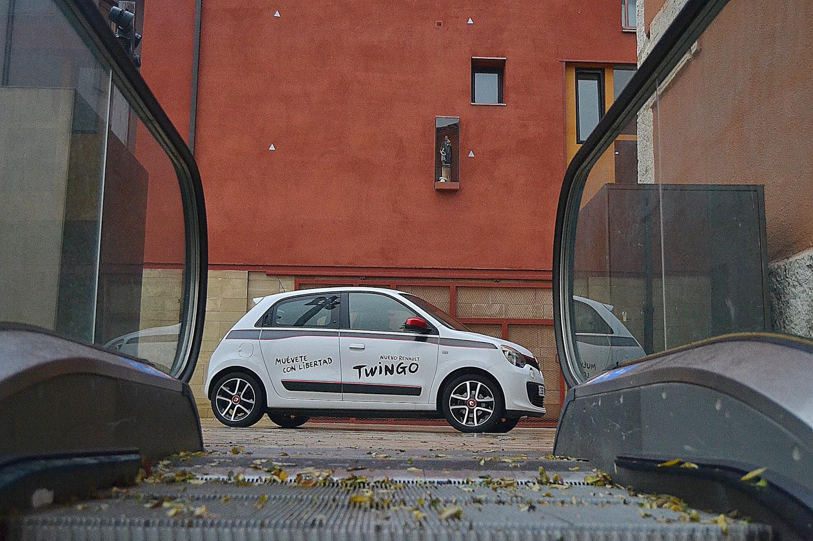 El nuevo Renault Twingo vuelve por sus fueros y se nos presenta como una  alternativa ciudadana de lo más divertida y personalizable 6a231c569e1c