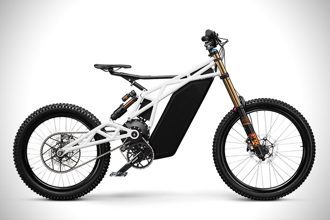 Japon yapımı enduro spor bisikleti Yamaha TTR 250 51