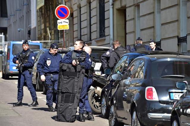 Atentado contra el FMI (Fondo Monetario Internacional) en París