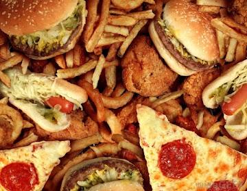 Dieta com alto teor de gordura provoca a propagação do câncer de próstata revela novo estudo