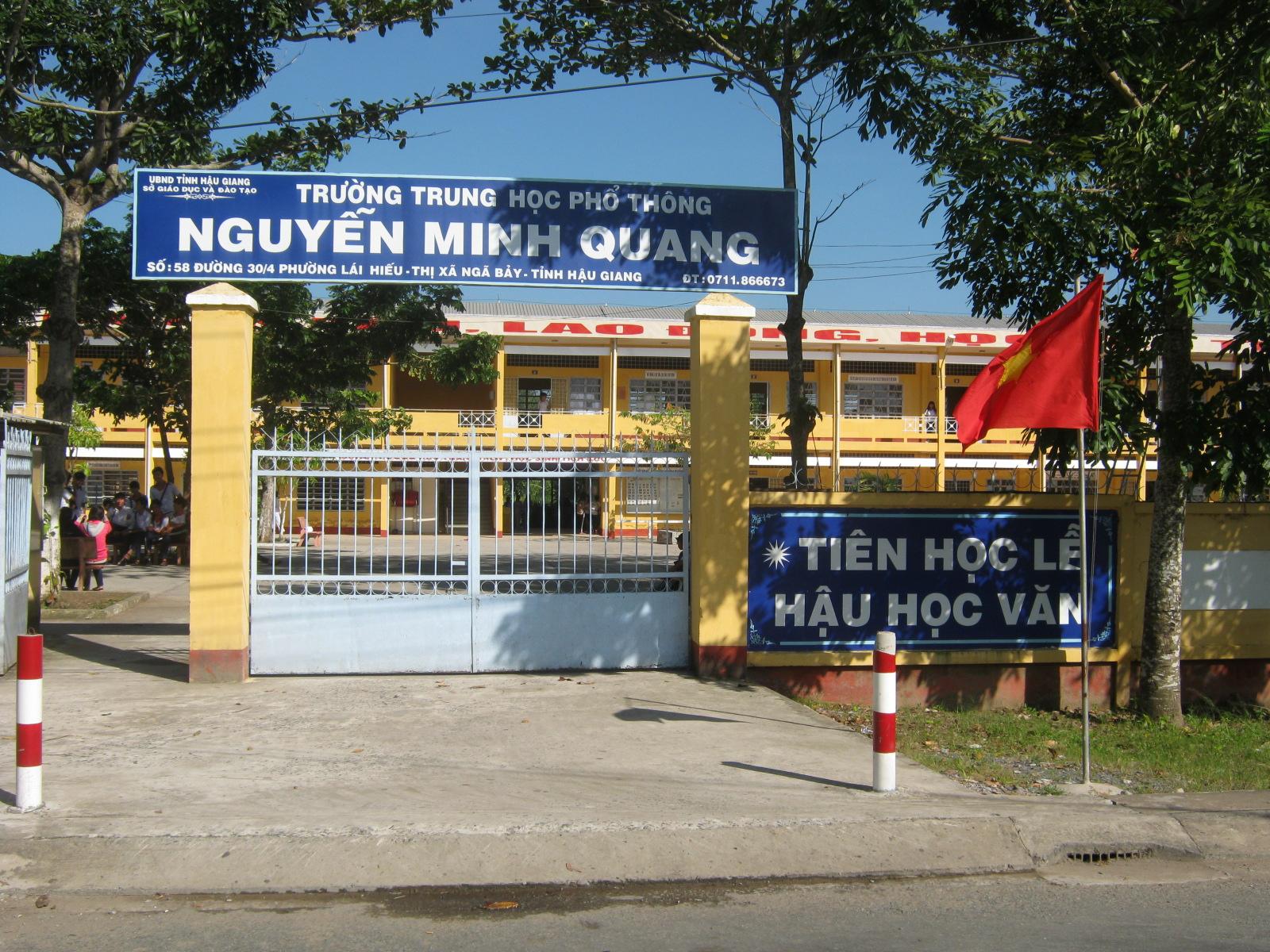 Truong-THPT-Nguyen-Minh-Quang