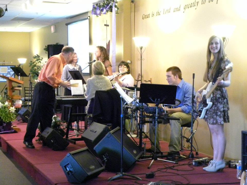 NH Christian Church - Milford New Hampshire - Worship Ministry