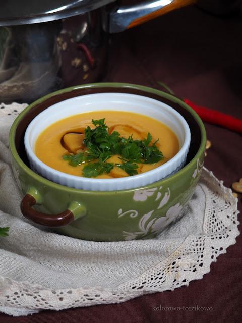 aromatyczna-zupa-z-dyni