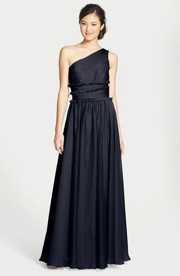Evening Dresses  Navy blue prom dresses uk You can look ravishingly elegant in navy blue dresses  Here are several  tips to help you match with your navy blue prom dress well