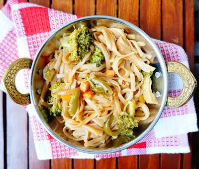 Rice noodles, thai noodles