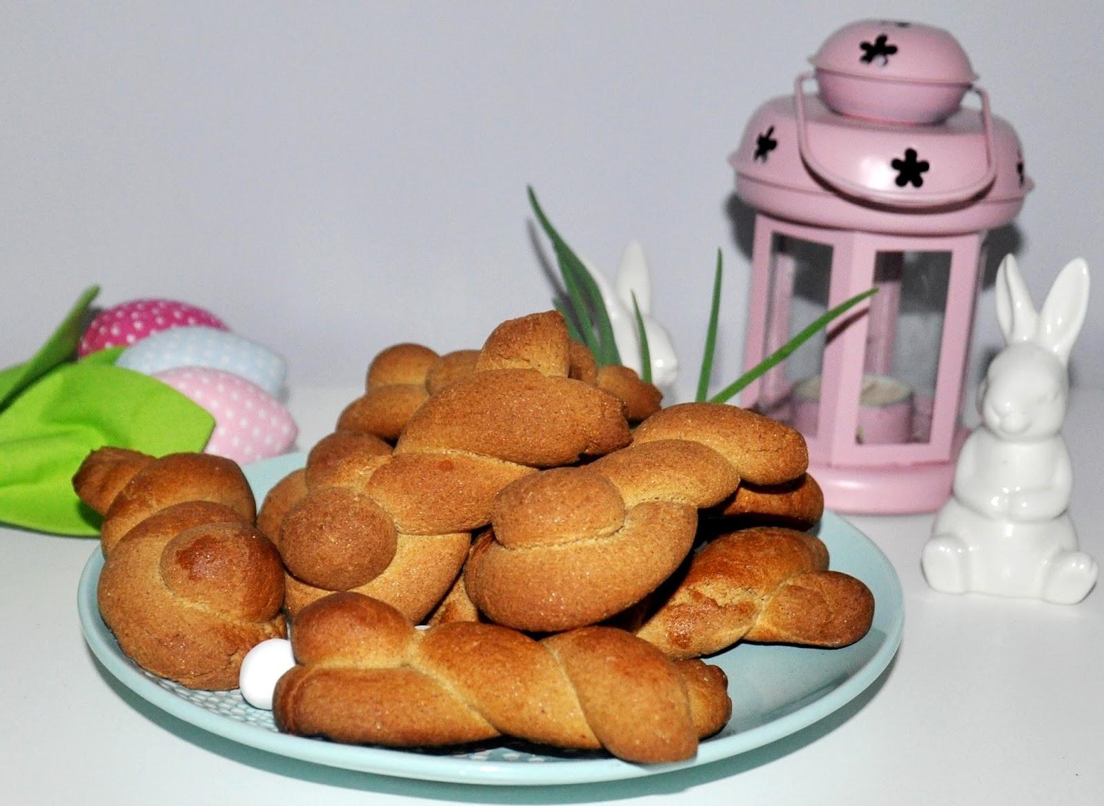 Drożdżowe króliczki z mąki jaglanej