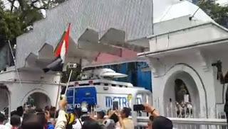Terkuak Inilah Alasan Kenapa Kemarin Metro TV Di Usir Dari Mesjid Agung Sumut - Commando
