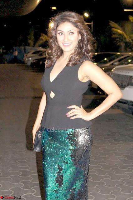 Manjari Phadnis At Jeena Isi Ka Naam Hai Premier Show 02.jpg