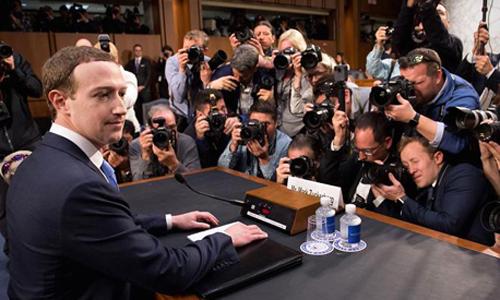 CEO Facebook: Chúng tôi không bán thông tin người dùng