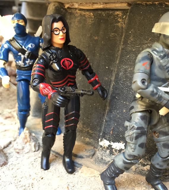 2000 Chameleon, Baroness, ARAHC, Black Major Factor Custom Blue Stormshadow, Bootleg, 1984 Firefly