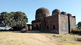Hathi Mahal, Mandu